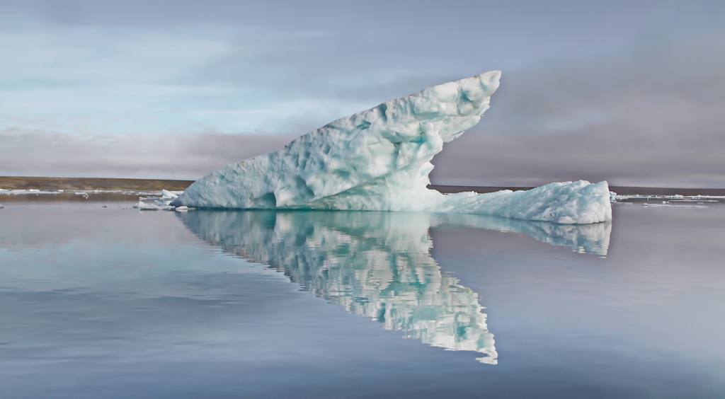 11 IMG_9229_efs_iceberg_Mikoyana.JPG