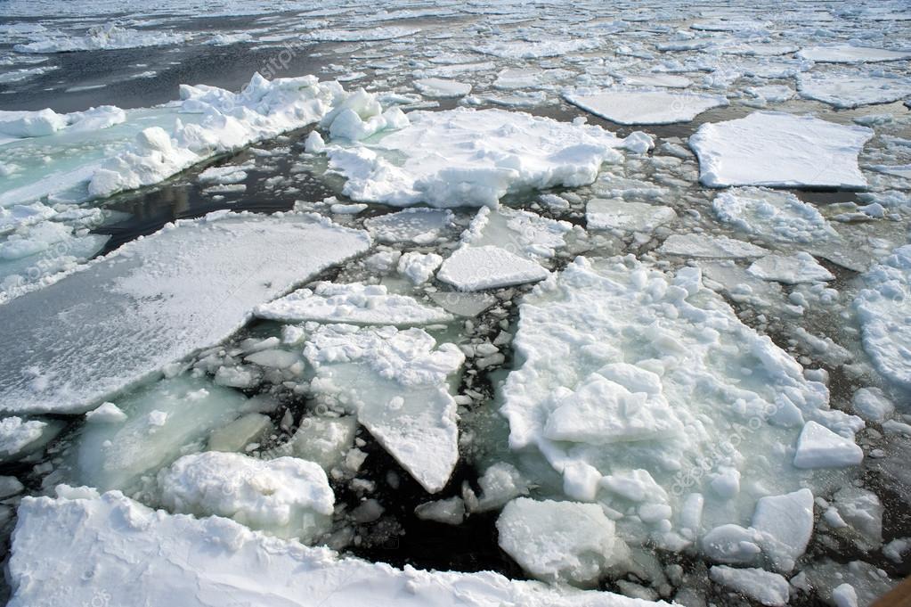 depositphotos_18406919-stock-photo-ice-drift.jpg